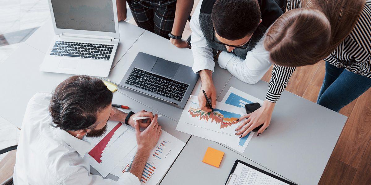 Buenos contenidos y mensajes en campañas de comunicación-reunión ideas